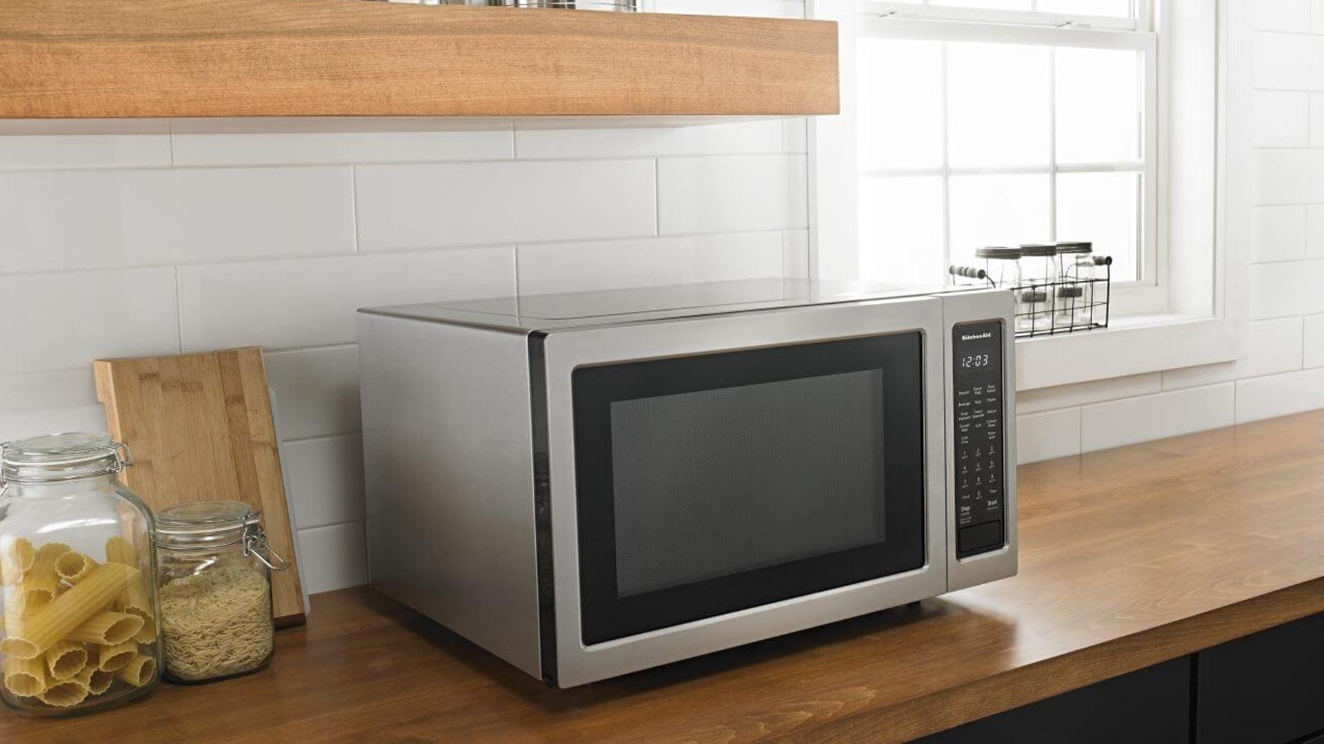 KitchenAid Countertop Microwave Repair | KitchenAid Repairs